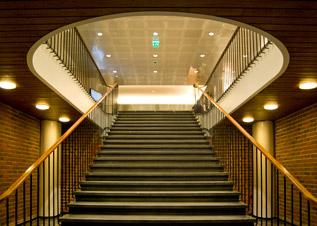 Teollisuuskeskus_aula